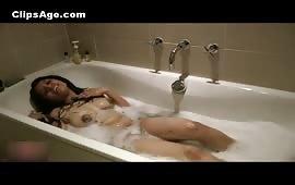 Hot indian Ladki In The Bathtub