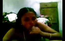 Indian aunty ki fingering se chudai